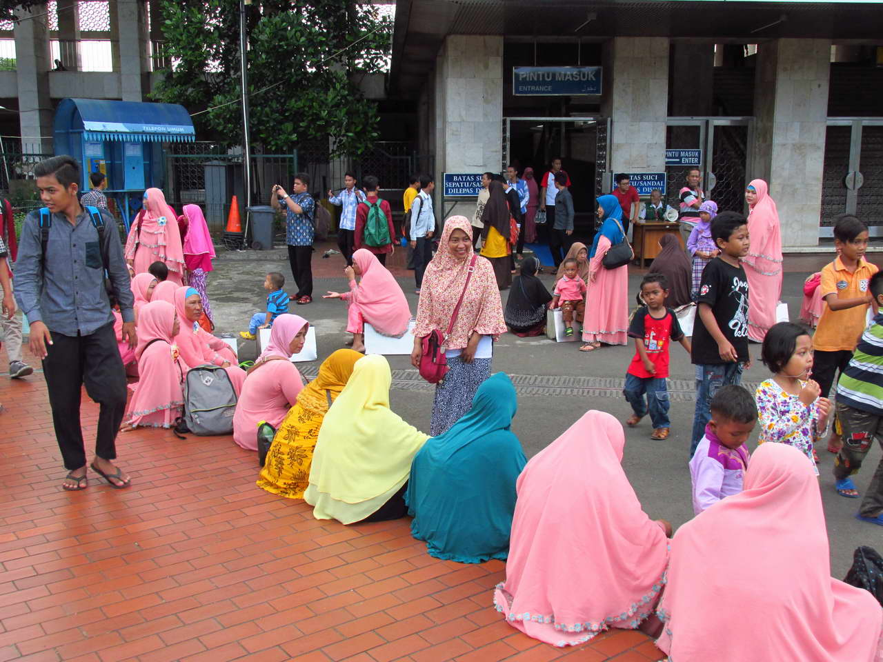 Istiqlal_Mosque_1.jpg